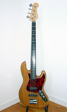 Vineyard JB-N Bass - click for more photos